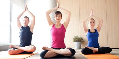 activite-sportive-yoga-detente-mlc-lachardonniere